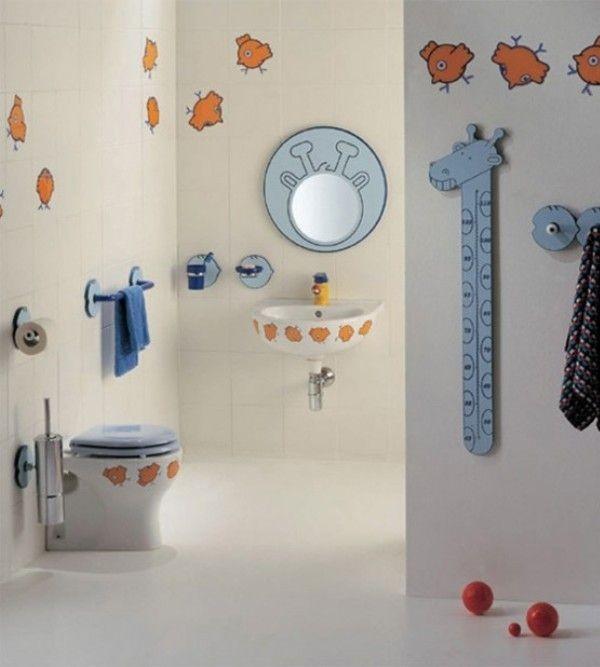 Trang trí phòng tắm đầy màu sắc vui nhộn cho bé 3