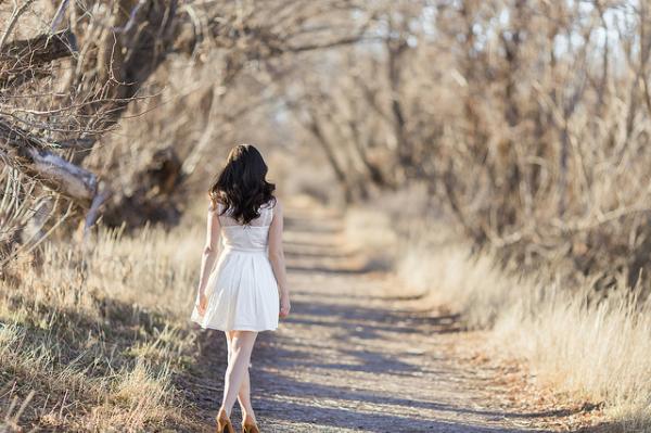 Con gái phải đẹp về thần thái và chất về khí chất