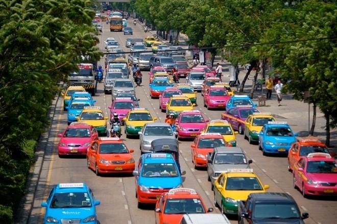 Một Bangkok vui nhộn với những chiếc taxi sặc sỡ 1