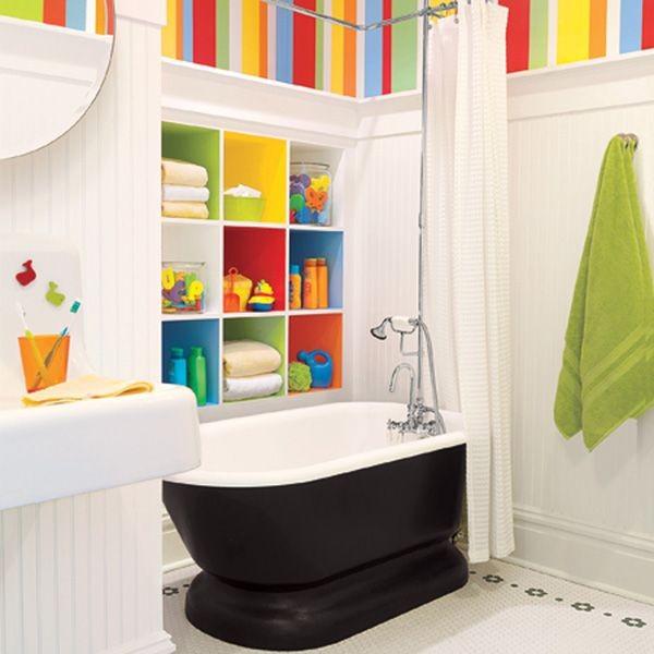 Trang trí phòng tắm đầy màu sắc vui nhộn cho bé 2