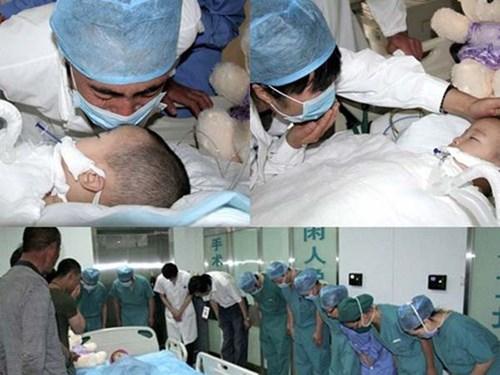 Xúc động giây phút bác sĩ cúi rạp mình trước các em bé hiến tạng
